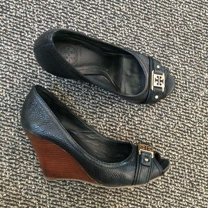 Tory Burch Black Leather Open Toe Wedges
